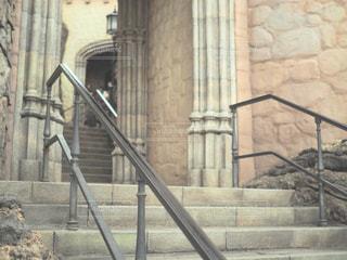 近くの石造りの建物の写真・画像素材[1010988]