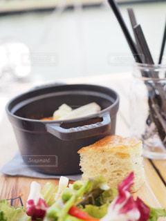 クローズ アップ食べ物の皿とコーヒー カップの写真・画像素材[1156280]