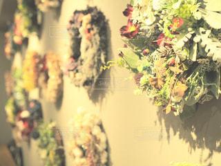 花瓶の花束の写真・画像素材[1701818]