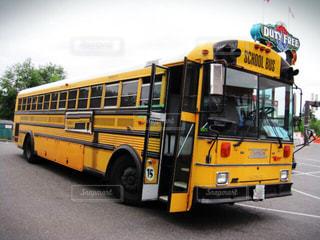 スクールバスの写真・画像素材[709415]