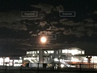 都市の夜景の時間 - No.712126