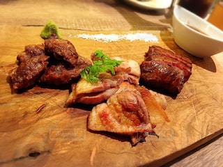 まな板の上の肉の部分 - No.709111