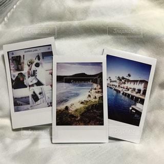 白い壁の部屋の写真・画像素材[961077]