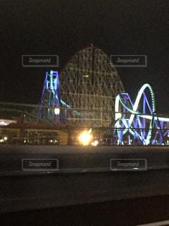 夜の遊園地の写真・画像素材[712658]