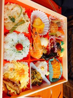料理の種類でいっぱいのボックスの写真・画像素材[718114]