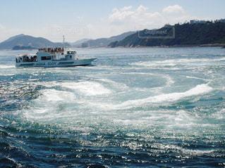 海で山で水の体の写真・画像素材[732278]
