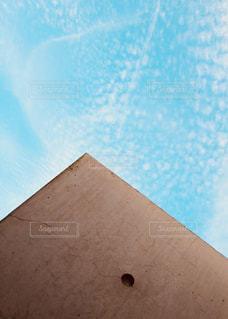 壁と空の面積の写真・画像素材[945782]