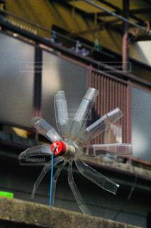 ペットボトル風車の写真・画像素材[1063979]