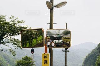 駅の鏡の写真・画像素材[1070131]