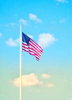星条旗と空の写真・画像素材[1187376]