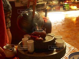 台湾茶を入れるの写真・画像素材[724496]