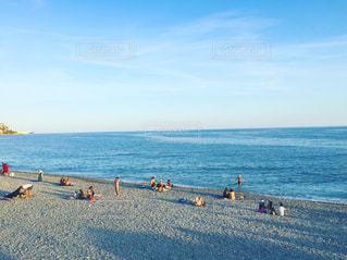 夏の終わりが近づくニースのビーチ - No.728681