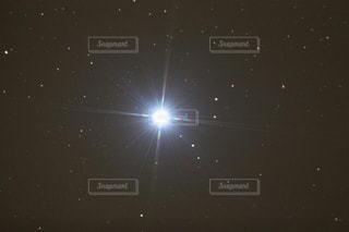 夜空の真ん中にある星 - No.724709