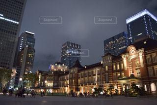 夜の東京駅の写真・画像素材[719855]