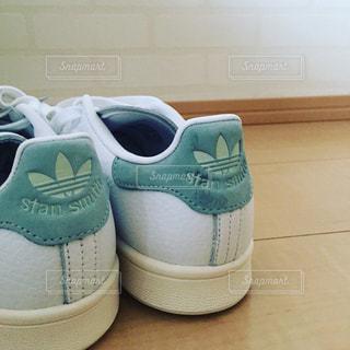 緑と白の靴 - No.719593