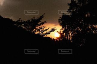 夕暮れ時の景色の写真・画像素材[723152]