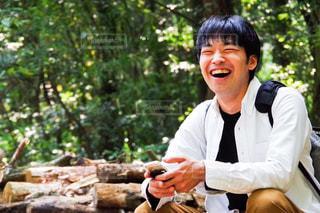 笑顔いっぱいの男性の写真・画像素材[1153068]