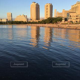 都会の海の写真・画像素材[720919]