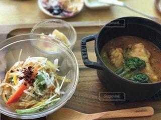 ランチにサラダとスープの写真・画像素材[720991]