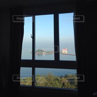 海が見える部屋の写真・画像素材[723027]