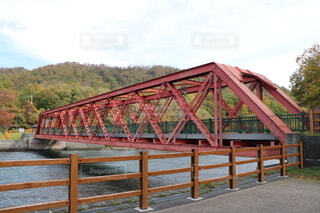 幸福の赤い橋。の写真・画像素材[4013726]