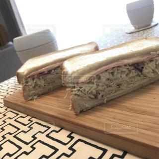 朝食はサンドウィッチ - No.749979