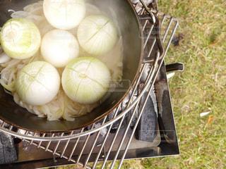 ダッチオーブンで料理の写真・画像素材[730524]