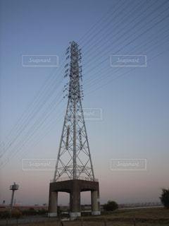 送電線の鉄塔の写真・画像素材[725724]