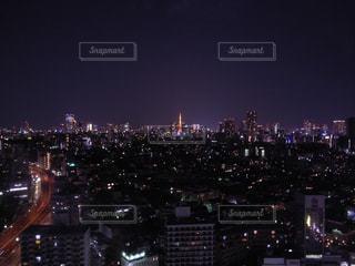夜の街の景色の写真・画像素材[725787]