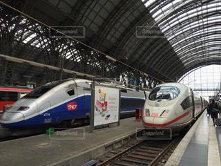 フランクフルト中央駅のTGVの写真・画像素材[726388]