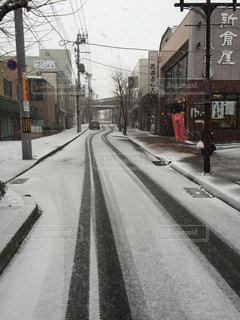 雪の轍の写真・画像素材[726396]