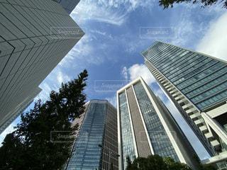 都会のオフィス街の写真・画像素材[2487718]
