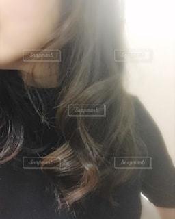 巻き髪スタイルの写真・画像素材[1586018]
