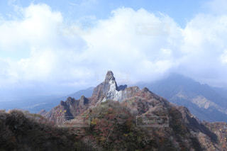 岩が多い山のビューの写真・画像素材[1646052]