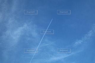 飛行機雲の写真・画像素材[728449]