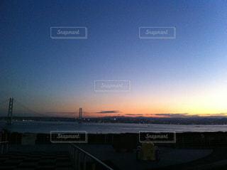 夕陽と橋の写真・画像素材[734471]