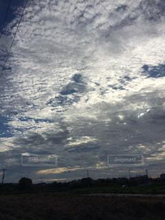 空には雲のグループの写真・画像素材[727966]