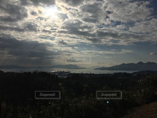 空には雲のグループの写真・画像素材[730537]