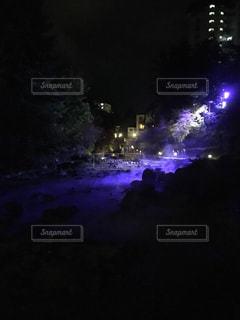 西の河原の夜の景色の写真・画像素材[805363]
