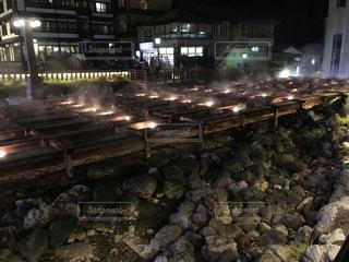 草津温泉湯畑のライトアップの写真・画像素材[805365]