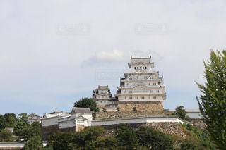 大きな白い建物の写真・画像素材[730431]