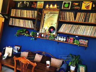 カレー屋さんのレコード棚♡の写真・画像素材[1105480]
