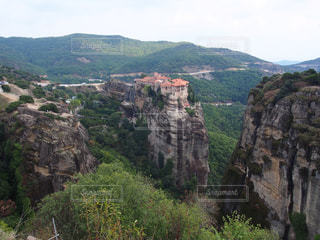 岩が多い山のビューの写真・画像素材[734091]