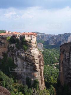 背景の山と渓谷の写真・画像素材[734092]
