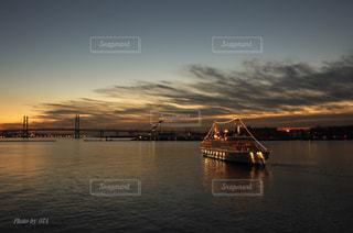 船はゆく。の写真・画像素材[760659]
