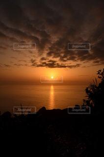 乳房山から望む夕陽 - No.798724