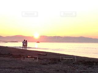 海デートの写真・画像素材[804850]