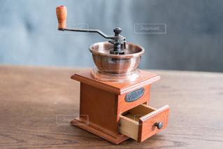 コーヒーミルの写真・画像素材[1096263]