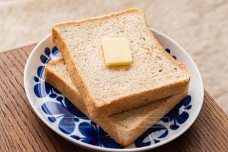 朝食は食パンの写真・画像素材[2982098]