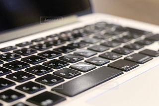 ノートパソコンキーボードのクローズアップ - No.767122